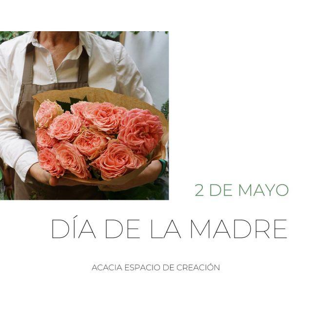 🌸 DÍA DE LA MADRE, AMAREN EGUNA 🌸 . . Se acerca un día especial. Nosotras ya tenemos en tienda una amplia variedad de flores y plantas para que puedas elegir la que más te guste 💐 . . Escríbenos o llámanos para realizar cualquier consulta 📞🤍 . . #diadelamadre #diadelamadre2021 #flores #floristeria #regalo #detalle #diseloconflores #floristeriaacacia #pequeñocomercio #comerciolocal #tafalla #navarra